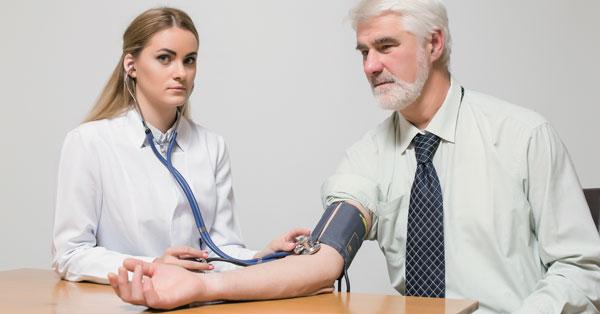 mi a 3 stádiumú magas vérnyomás kockázata4)