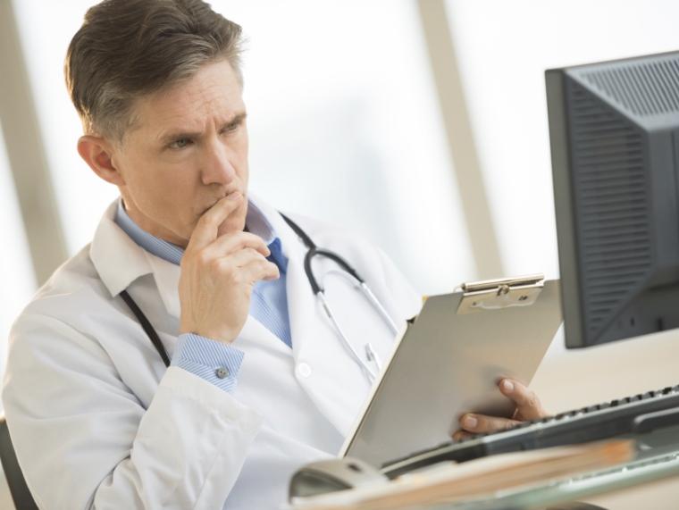 számítógép és magas vérnyomás)