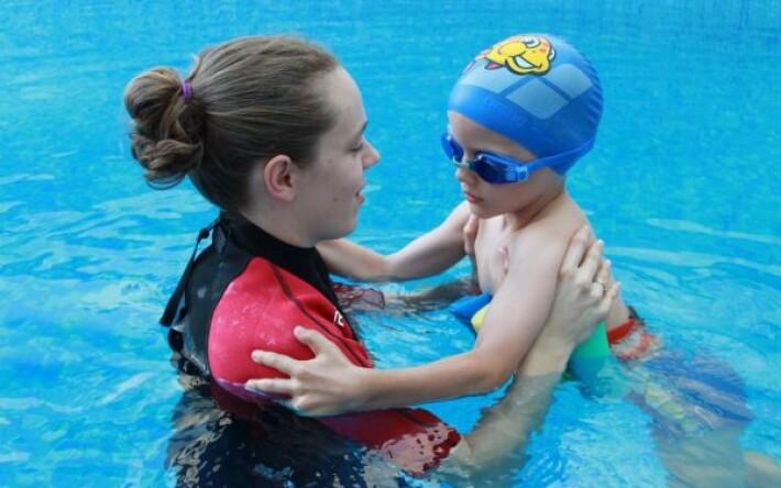 lehetséges-e hipertóniával medencébe menni)