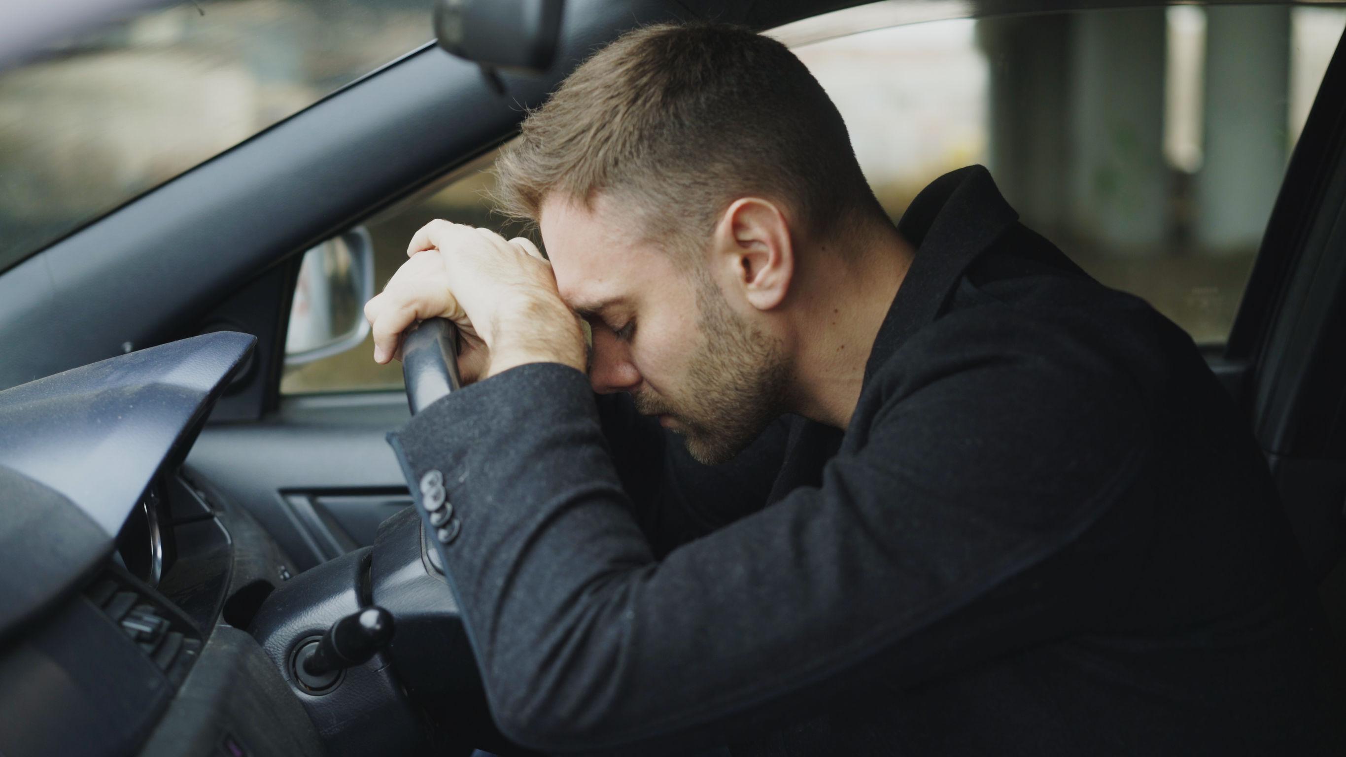vezetés közbeni magas vérnyomástól