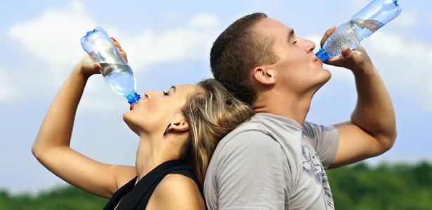 Mennyi vizet kell inni?