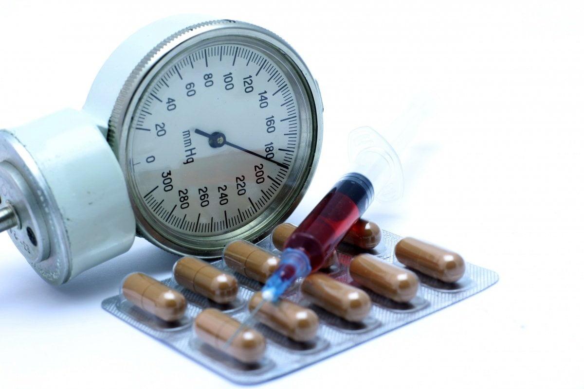 magas vérnyomást kezelni egész életen át)
