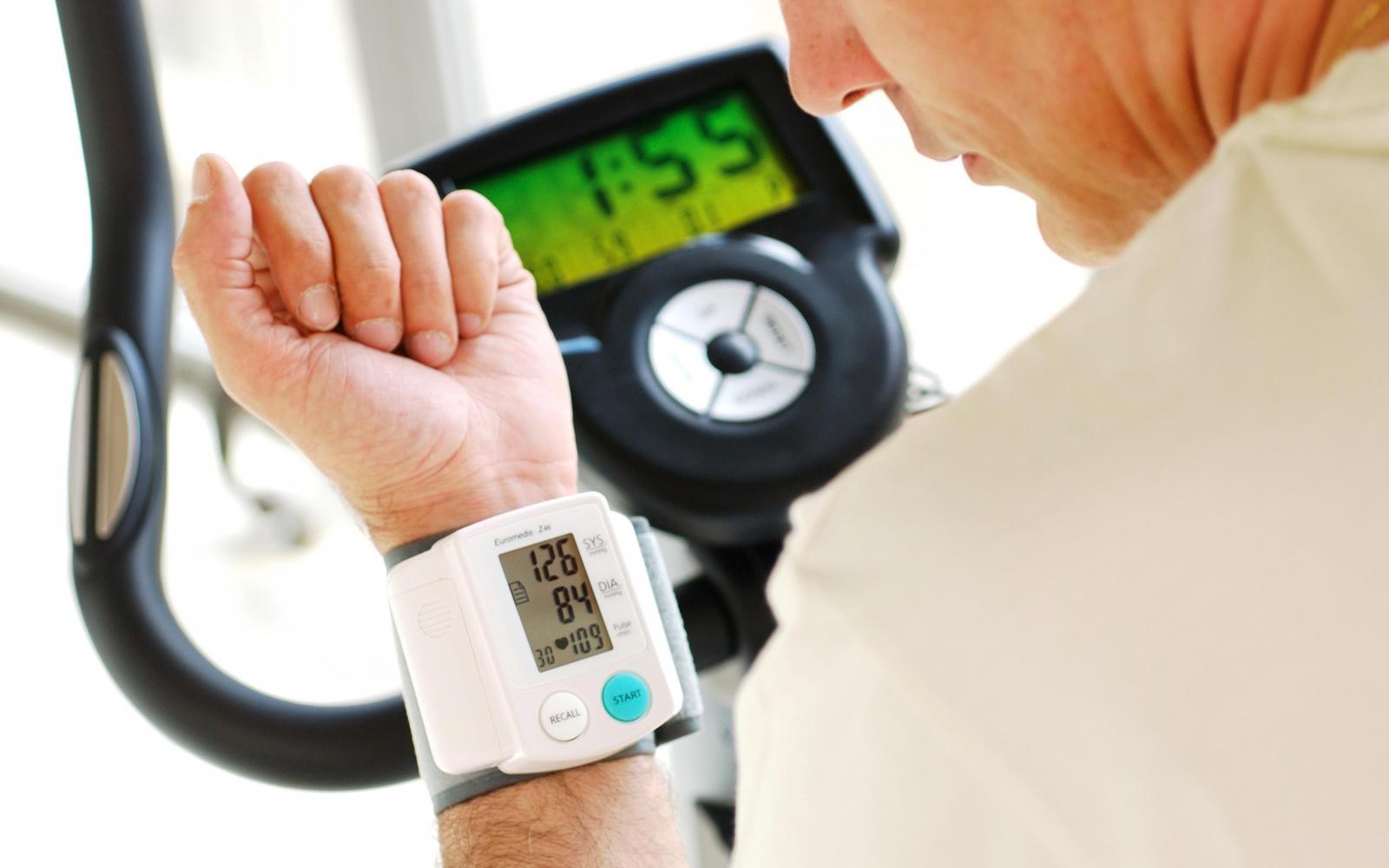 a magas vérnyomás visszhangja