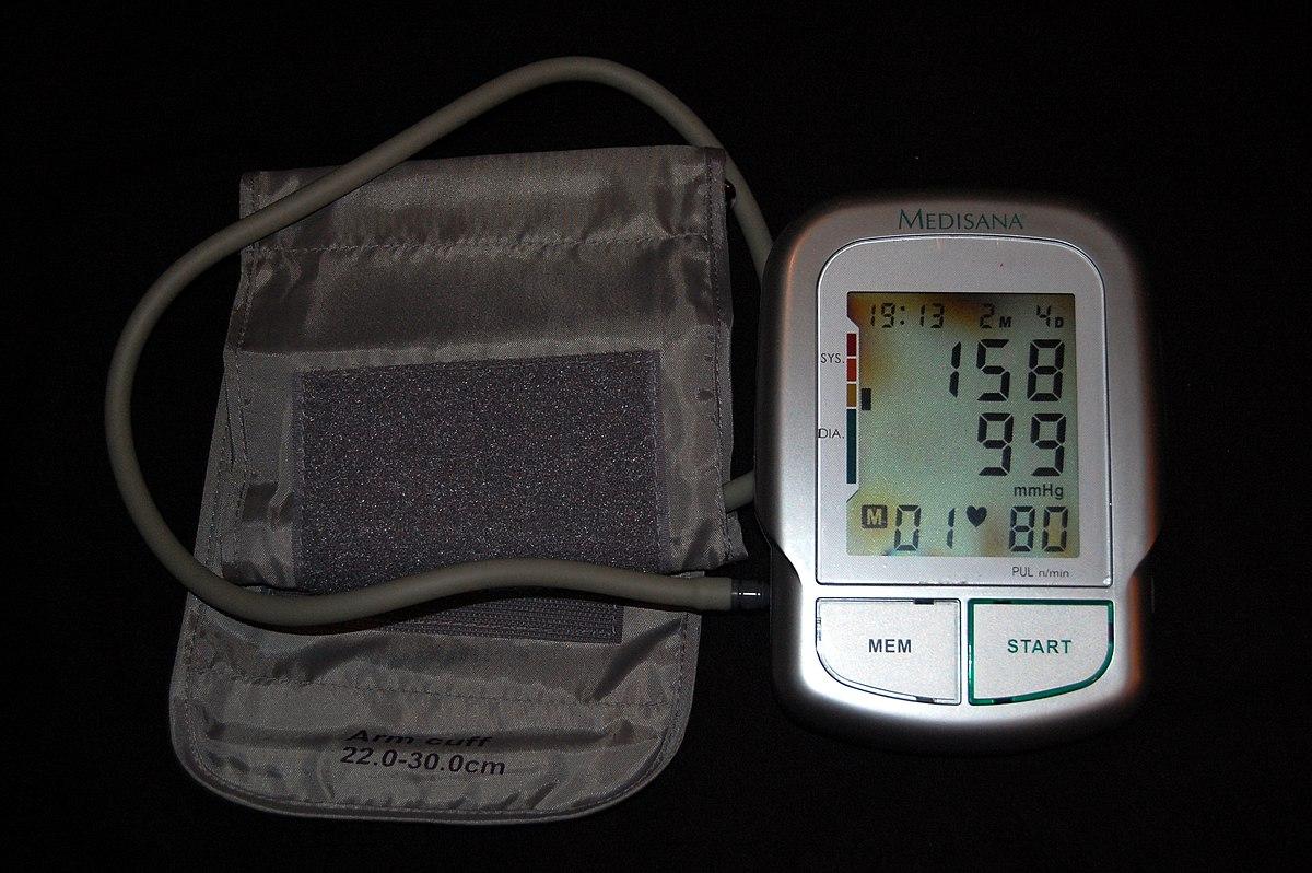 a magas vérnyomás klinikai példája)