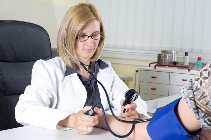Vérnyomásméréssel a hypertonia ellen