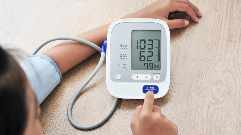 magas vérnyomás és carpal expander