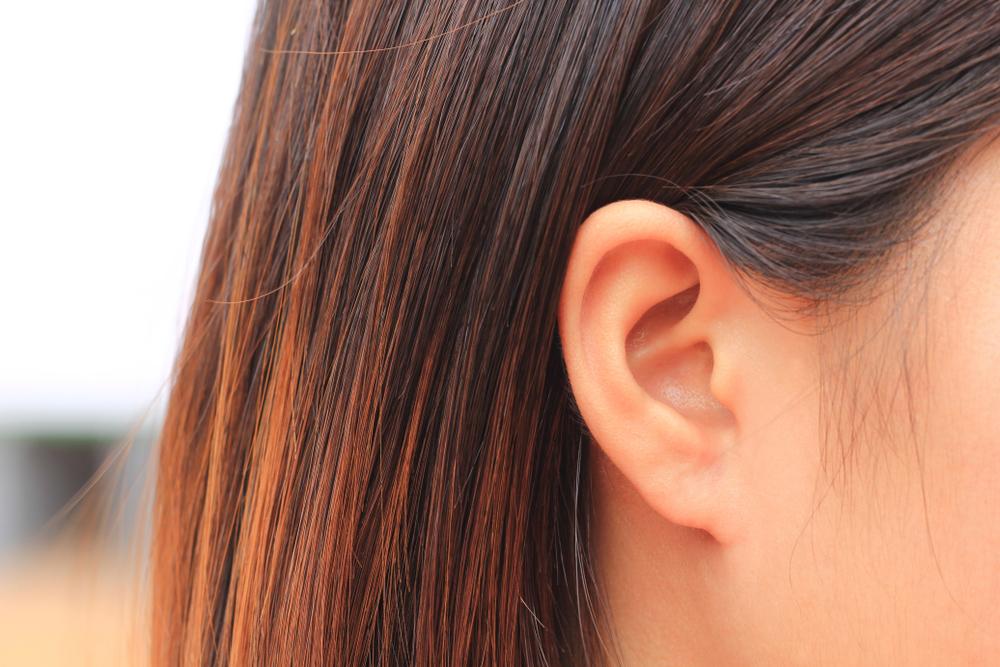 zaj a fülben magas vérnyomás esetén