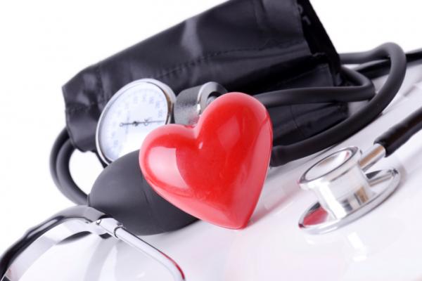 Megkönnyebbülés és magas vérnyomás)