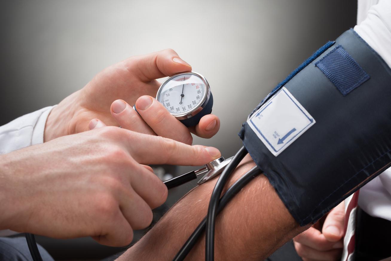 alacsony vérnyomás hipertóniával hogyan lehet növelni)