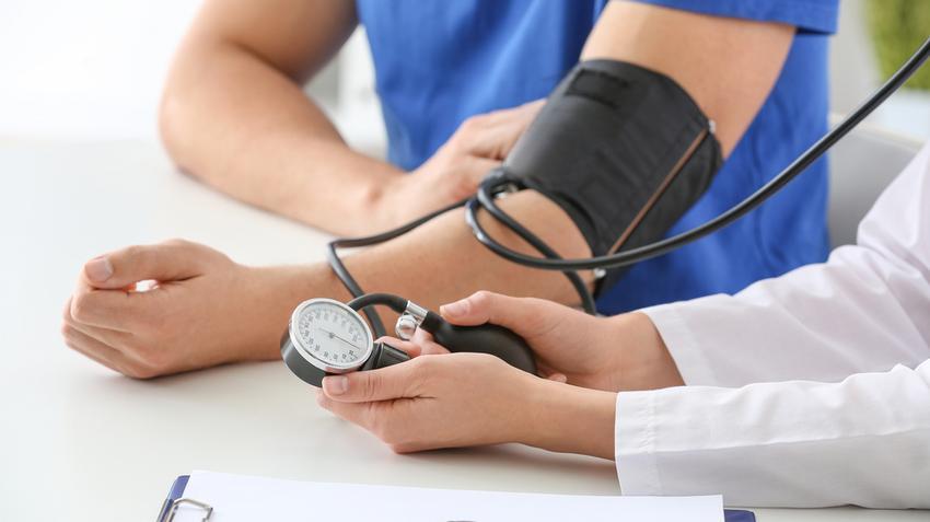 a magas vérnyomás visszaesése