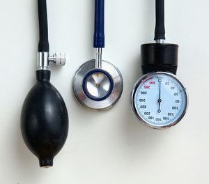 hogyan lehet megkülönböztetni a vd-t a magas vérnyomástól