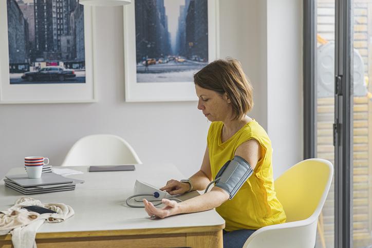hogyan lehet otthoni hipertóniát kezelni videó