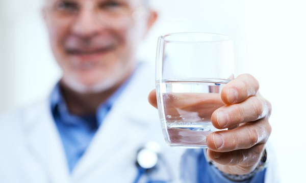 2 liter vizet magas vérnyomás esetén)