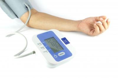 a magas vérnyomás esetén a kezelés folytatódik